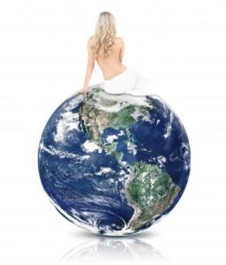 bellezza-WomanOnTopOfTheWorld